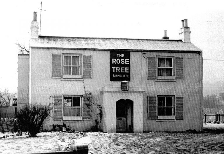pubs_the_rose_tree_1960s